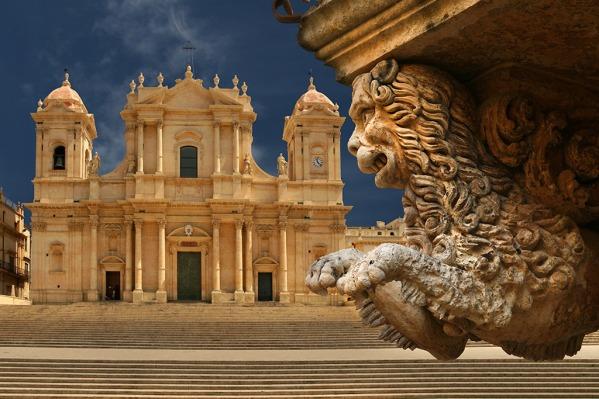 noto-sicily-cattedrale