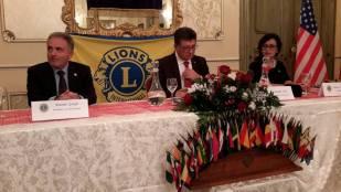 tavolo-della-presidenza