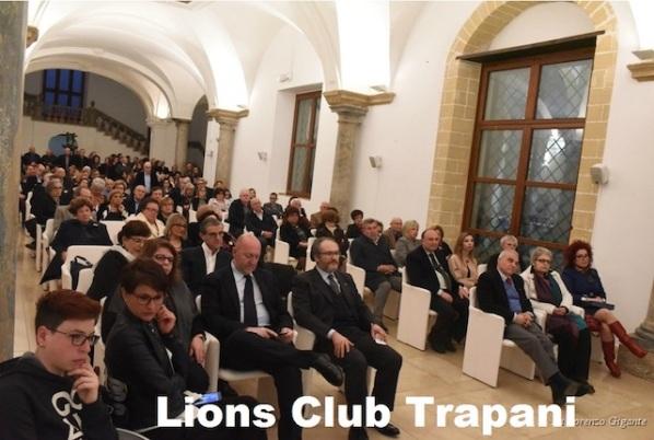 LC TRAPANI - ELPIS la nave ospedale per l_Africa 4