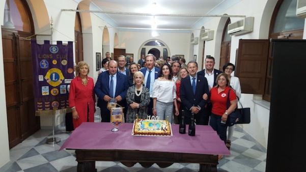 foto centenario LIONS CLUB